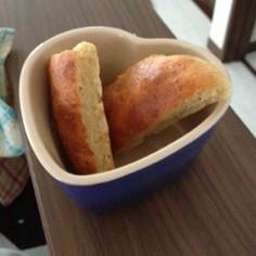 ホットケーキミックスと豆腐のふわふわパン