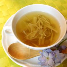 ごぼうが香る♡キノコのコンソメスープ