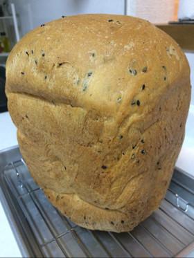 ホームベーカリーでリッチ黒ゴマ食パン