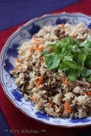 もち米入り☆鶏ゴボウの炊き込みご飯 の写真