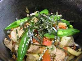 豚肉ゴボウえんどうの混ぜご飯