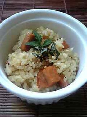 炊飯器にお任せの『中華風炊き込み御飯』