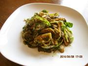 芽キャベツとキノコのバルサミコ酢炒めの写真