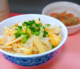筍ご飯 (炊き込みご飯)