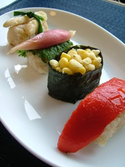 玄米&野菜寿司の写真