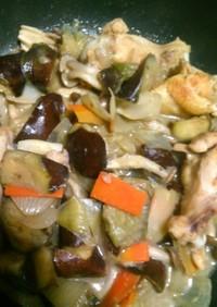 手羽元と野菜のグリーンカレー炒め