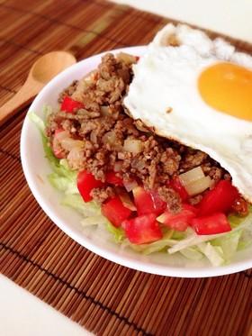 タコライス風♪ひき肉とトマトのさっぱり丼