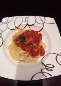 簡単旨い☆サンマ水煮缶のトマトパスタ