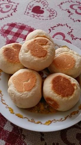 発酵なし!フライパンで丸パン