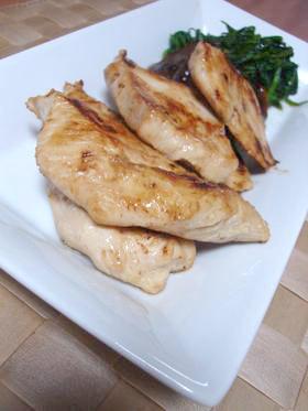簡単すぎる!鶏胸肉のマヨ&めんつゆ焼き