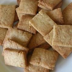おつまみ ♡おやつ強力粉のチーズクッキー