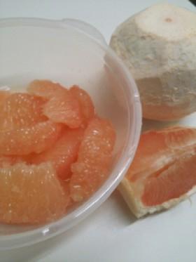 グレープフルーツの剥き方