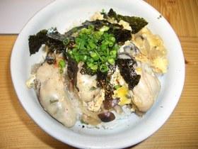 牡蠣の卵とじ丼