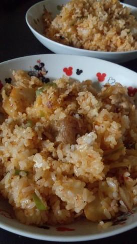 ☆簡単お昼ご飯♪豚キムチチャーハン☆