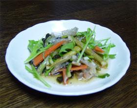 ごぼうのサラダ(寒天入り)にんにく風味