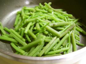 山菜ミズナの炒め