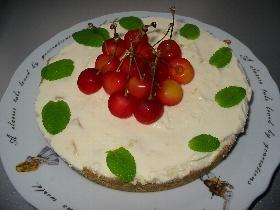 ドライマンゴーのレアチーズケーキ
