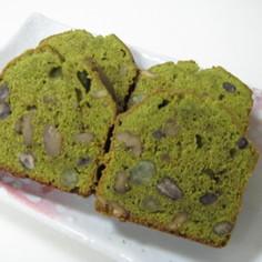抹茶の小豆パウンドケーキ