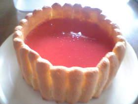 牛乳パックで苺のシャルロット