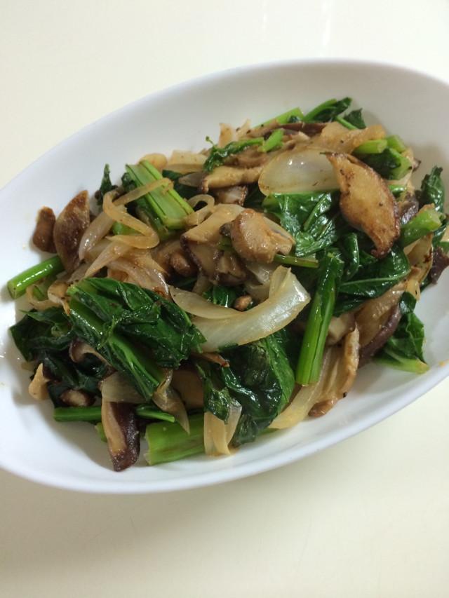 小松菜と新玉ねぎ&椎茸味噌バター炒め