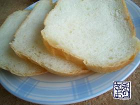 耳までやわらか♪きよ君の食パン