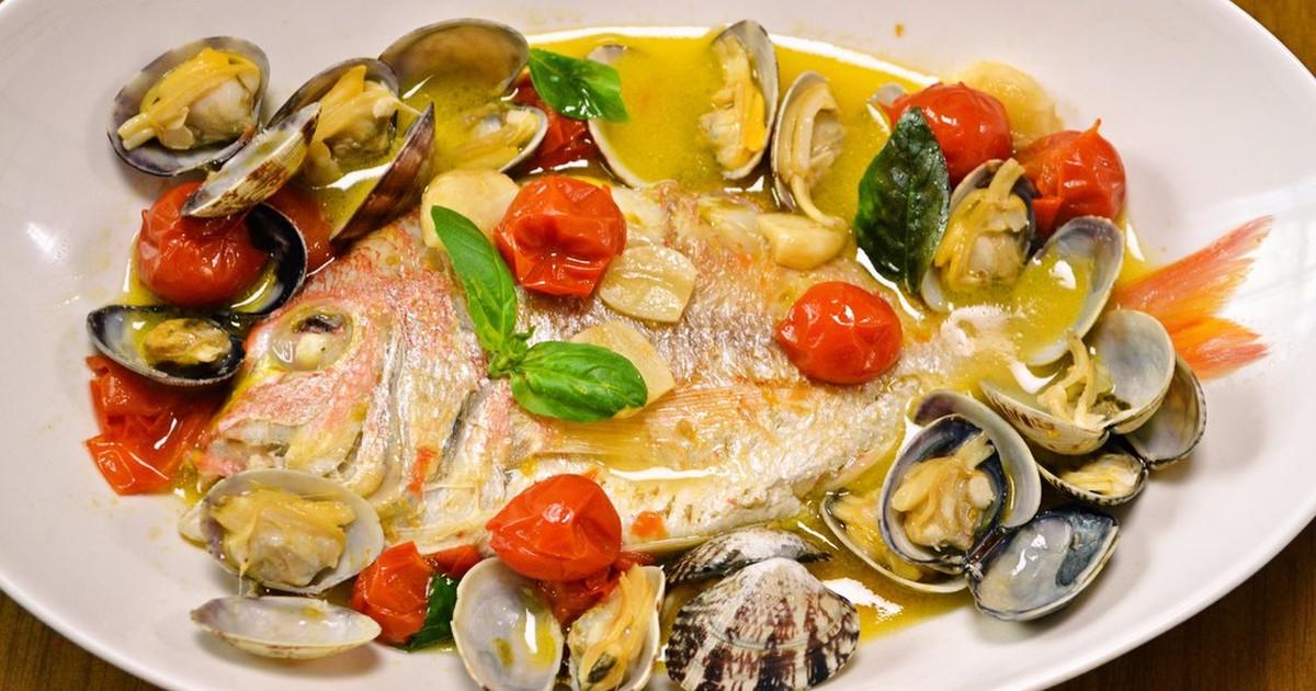 アクアパッツァの本格レシピ!白身魚でイタリアの味を食卓へ♡