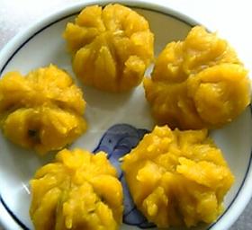 余ったかぼちゃで栄養満点簡単おやつ。