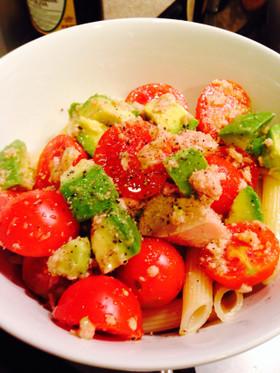 簡単ツナ缶&アボカド&トマトの冷製パスタ