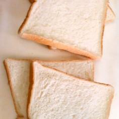 5枚切り食パンをきれいに半分に切る裏ワザ