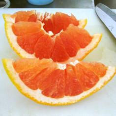 毎日食べるグレープフルーツの簡単な切り方