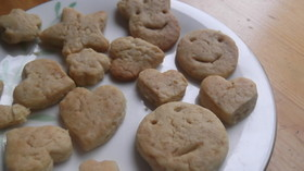 子どもと遊びながら作る♪型抜きクッキー2