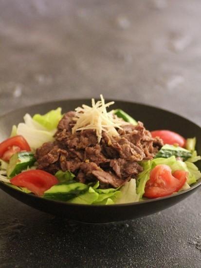 ビーフ焼肉サラダ(焼肉のタレレシピ付)