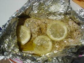 切り身魚のホイル焼き
