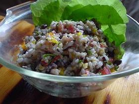 雑穀米のサラダ
