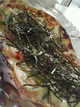 凛りんさんの大葉にんにく醤油で海苔ピザ♪