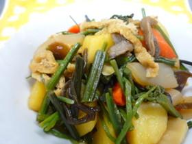 山菜とジャガイモの炒め煮
