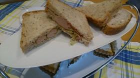 ★ホットドッグ風サンドイッチ