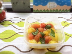 プチトマトの甘酢オリーブオイル漬け