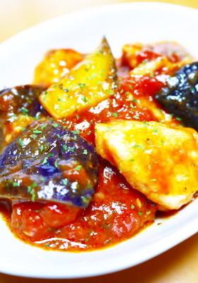 イタリアン!柔らか鶏胸肉となすのトマト煮