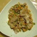豚ホルモンと野菜刻み炒め