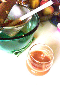 人参リンゴすりおろし簡単手絞りジュース