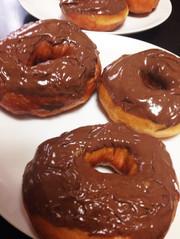 【甘々と稲妻】イーストドーナツの写真