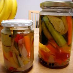 さっぱり美味しい夏野菜ピクルス
