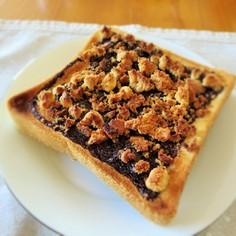 おやつに♡チョコソース&クッキートースト