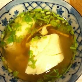 おぼろ豆腐でエスニックスープ