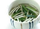 ニラともやしの中華スープ