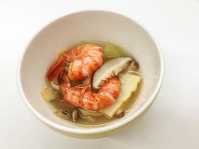原木干し椎茸と海老と冬瓜のスープ