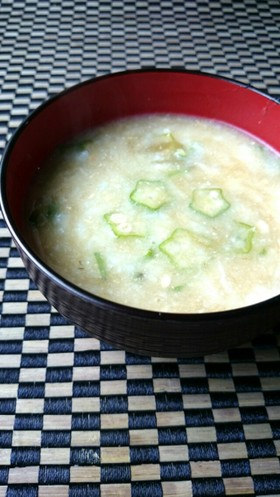 夏バテ解消☆オクラ長芋とろろ昆布の味噌汁