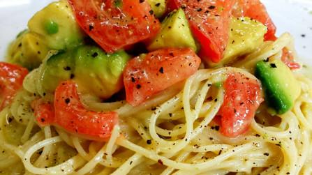 トマトとアボカドの和風冷製パスタ♬*