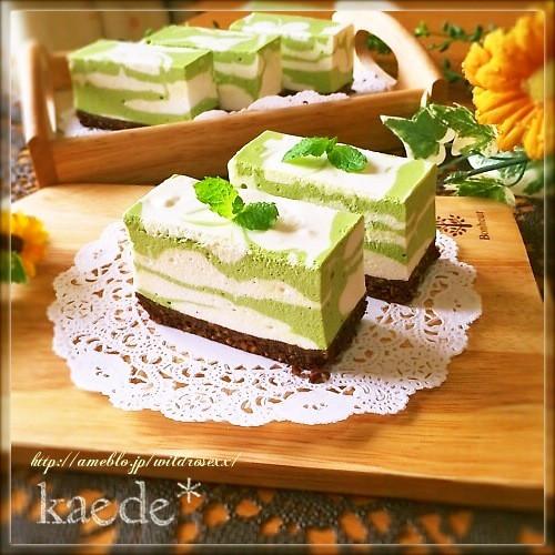 涼しげ波模様♡抹茶のレアチーズケーキ